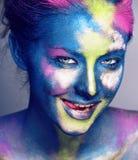 La donna di bellezza con creativo compone come la celebrazione santa in Indi fotografie stock libere da diritti