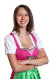 La donna di risata con capelli marroni dalla Baviera ama Fotografia Stock