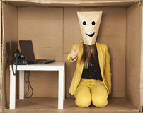 La donna felice di affari mostra il pollice su Fotografie Stock