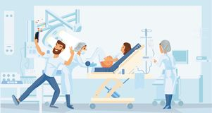 La donna incinta dà alla luce nell'ospedale Fotografia Stock Libera da Diritti