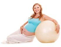 La donna incinta mette in mostra. Fotografie Stock