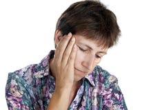 La donna più anziana con il crollo eyes - la priorità bassa bianca Fotografie Stock Libere da Diritti