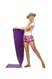 La donna in plaid rosa mette la coperta in cortocircuito della tenuta isolata su bianco Immagine Stock