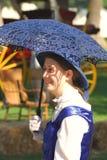 La donna propone in costume di 1860's alla guerra civile immagini stock libere da diritti
