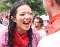 La donna ride della festa di San Fermin Fotografia Stock
