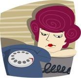 La donna sta aspettando una chiamata Immagine Stock Libera da Diritti
