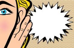 La donna tiene la sua mano vicino all'orecchio e l'ascolto nel porcile comico di Pop art illustrazione vettoriale