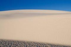 La dune de sable au blanc sable le monument national, Etats-Unis Photo stock