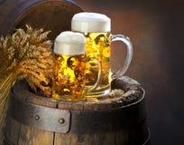 La durée immobile avec de la bière Images libres de droits