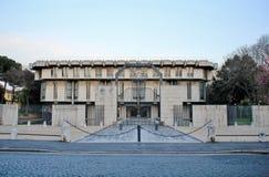 La embajada británica diseñó por el arquitecto escocés Sir Basil Spe Fotografía de archivo libre de regalías