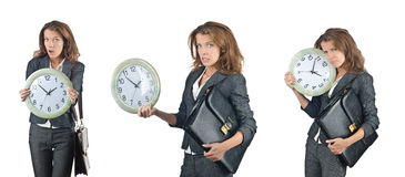 La empresaria con el reloj aislado en blanco foto de archivo