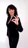 La empresaria con gesto ACEPTABLE aisló Imagen de archivo libre de regalías