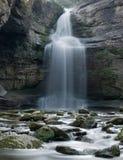 La enchanteresse Foradada de cascade troué images libres de droits