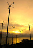 La energía limpia salva la tierra Fotos de archivo