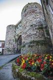 La entrada defensiva histórica en la ciudad antigua famosa de Rye en Sussex del este, Inglaterra fotos de archivo libres de regalías