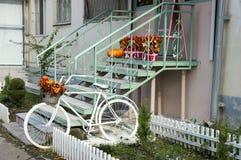La entrada a la casa se publica maravillosamente fotografía de archivo