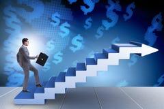 La escalera de la carrera del hombre de negocios que sube en concepto del negocio Imagenes de archivo