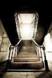 La escalera de madera hermosa Foto de archivo