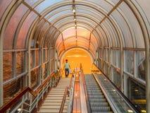 La escalera mecánica Foto de archivo libre de regalías