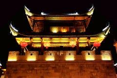 La escena de la noche de la ciudad antigua de Qianzhou Fotos de archivo libres de regalías