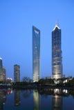 El centro financiero de mundo de Shangai Imagenes de archivo