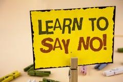 La escritura del texto de la escritura aprende no decir ninguna llamada de motivación El consejo del estímulo del significado del imágenes de archivo libres de regalías