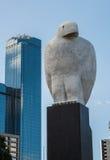 La escultura de Eagle Bunjil en Melbourne, Australia Fotos de archivo