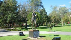La escultura de Jefferson Perez localizó en el La Carolina Park imágenes de archivo libres de regalías