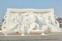 La escultura de nieve - historieta Imagen de archivo libre de regalías