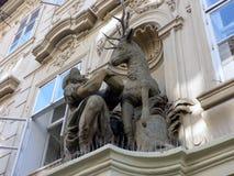 La escultura de oro del macho, Praga, República Checa fotos de archivo libres de regalías