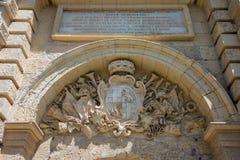 La escultura del escudo de armas, Mdina, Malta Fotografía de archivo
