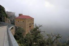La estación Montserrat-Aeri de un cablecarril, Montserrat, Cataluña, España Imagen de archivo libre de regalías