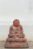 La estatua antigua del monje para el katyayana Foto de archivo libre de regalías