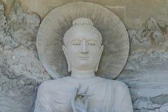La estatua de Buda está bajo construcción en el templo Tailandia Imagenes de archivo