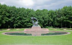 La estatua de Chopin en el parque de Lazienki, Varsovia, Polonia. imagen de archivo libre de regalías