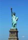 La estatua de la libertad abre de nuevo el Día de la Independencia después de los daños de las reparaciones causados por el huracá Imagen de archivo