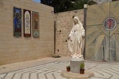 La estatua de la Virgen María Imagen de archivo