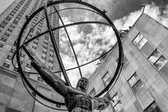 La estatua del atlas delante del centro de Rockefeller en Nueva York Fotografía de archivo libre de regalías