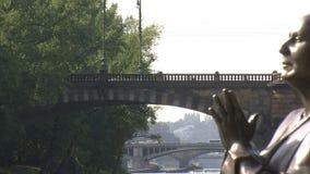 La estatua del tiro de la diapositiva de la armonía, Praga almacen de metraje de vídeo