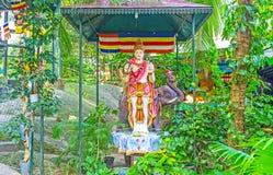 La estatua en el jardín del monasterio Foto de archivo libre de regalías