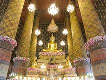 La estatua famosa de Buda en el templo de Hongratanaram Fotografía de archivo libre de regalías