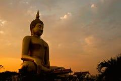 La estatua más grande de buddha Fotografía de archivo libre de regalías