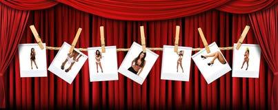La etapa roja abstracta del teatro cubre el fondo con S Imagen de archivo