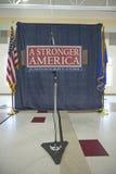 La etapa y el micrófono vacíos en Kerry Campaign se reúnen, centro del Rec de la opinión del valle, Henderson, nanovoltio Fotografía de archivo