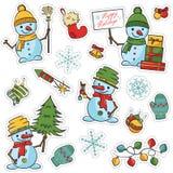 La etiqueta engomada fijó con los muñecos de nieve, los árboles, las cajas de regalo y el objeto lindos de Navidad Fotos de archivo