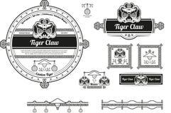 La etiqueta y los baners originales de la cerveza diseñan con los elementos chinos Fotografía de archivo