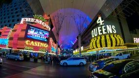 La experiencia famosa de la calle de Fremont en Las Vegas céntrico - los E.E.U.U. 2017 metrajes