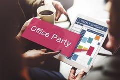 La fête au bureau célèbrent le concept de Social de divertissement Photos stock