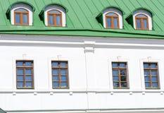 La façade d'un immeuble de brique Images stock