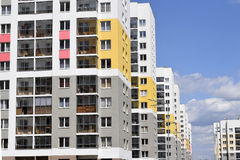 La façade du bâtiment résidentiel Image libre de droits